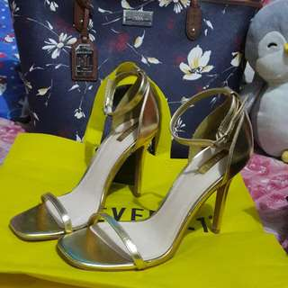 Forever21 gold heels