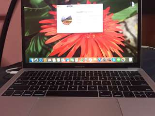Macbook Pro 13 inches - 2017 model