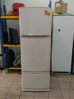 Mitsubishi 3door fridge