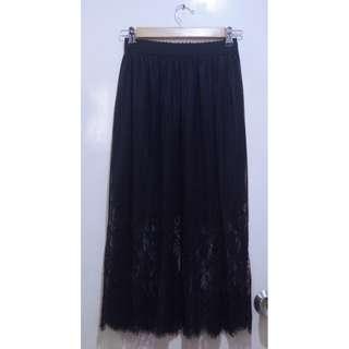 Black Lace Pleat Midi Skirt