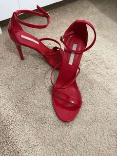 Red heels - size 7