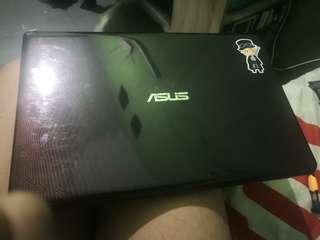 Laptop Gaming Asus X550IU
