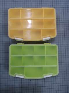 儲物膠盒兩只