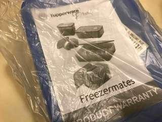 🚚 Tupperware Freezermates (Brilliant Blue)