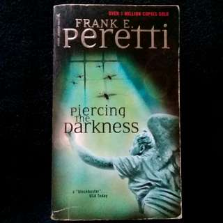 Piercing The Darkness by Frank Peretti (paperback)