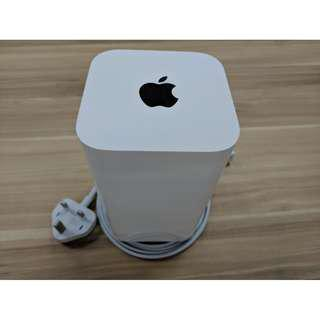 #4 Apple Airport Extreme A1521 Router