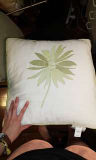White and green flowered decorative pillows (set of 2)