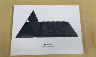 🚚 天生拍賣_ Smart Keyboard (適用ipad pro 10.5吋)