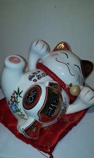 MANEKI NEKO KUTANI YAKI KUROMORI PIGGY MONEY BANK