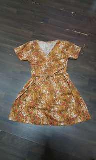 BN Vintage Floral Wrap Dress Mustard