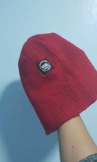 AUTHENTIC VANs Beanie RED