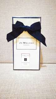 Jo Malone London Nectarine Blossom & Honey