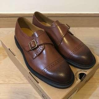 Dr. Martens COBDEN 男裝 擦色 皮鞋