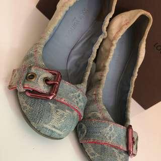 Authentic lv flat shoes