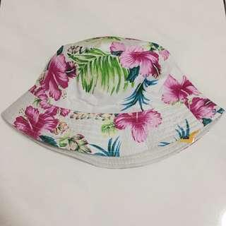 Summer Bucket Hat Putih & Bunga Floral