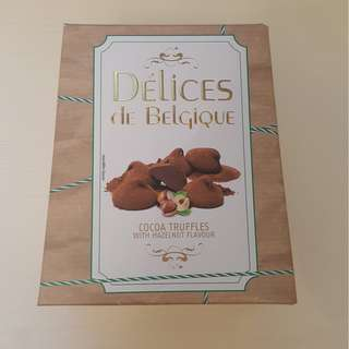 Delices de Belgique Cocoa Truffles With Hazelnut Flavour