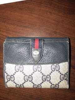 Authentic Gucci Vintage Accessory Collection Wallet