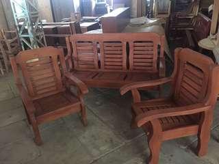 Wooden American Sala Set