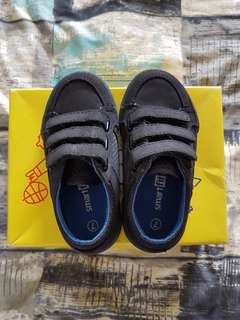 Pre-loved Toddler Shoes: Smart Fit by Payless