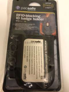 Pacsafe RFID-blocking ID badge holder RFIDtec 25