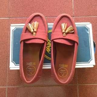 Amble Footwear - Kara Maroon Canvas