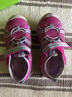Stride rite girl shoe