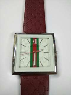 Ladies watch (New)  175.00 Gucci replica
