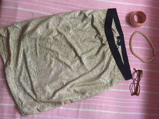 Max Elegant Gold Skirt