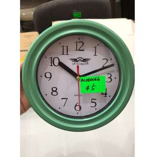 CLICK - CLOCK Small - Emerald
