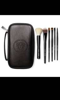🚚 Bobbi Brown Classic Brush Set
