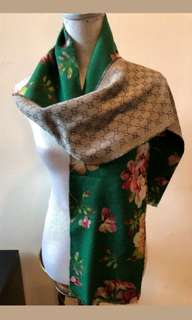BNIB Authentic Gucci Blooms Reversible Scarf