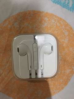 "Apple Earbuds (Original) ""you can check before buying if you want"""