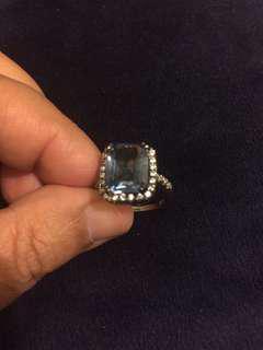 藍色拓帕石戒指