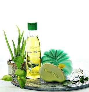LOVE NATURE Caring Olive Oil  & Aloe Vera
