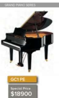 yamaha gc1 grand piano 8years old only