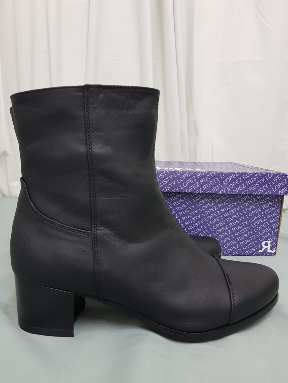 1144508e333 Black Rusty Lopez Boots