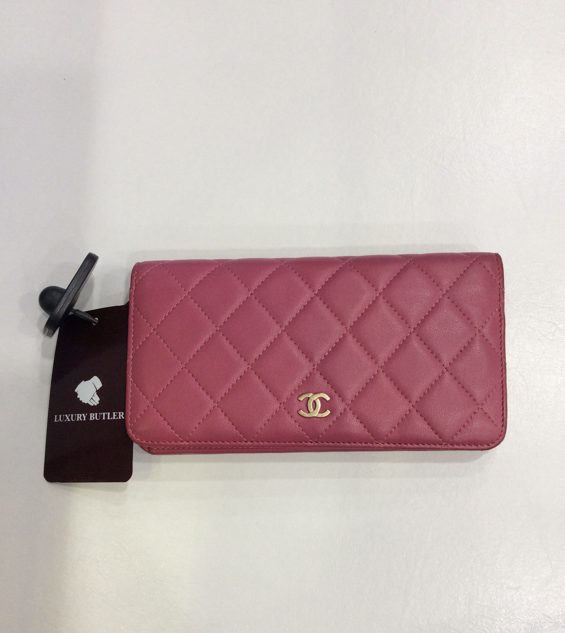 bb6450ace8db Preloved Chanel Wallet, Women's Fashion, Bags & Wallets, Wallets on ...