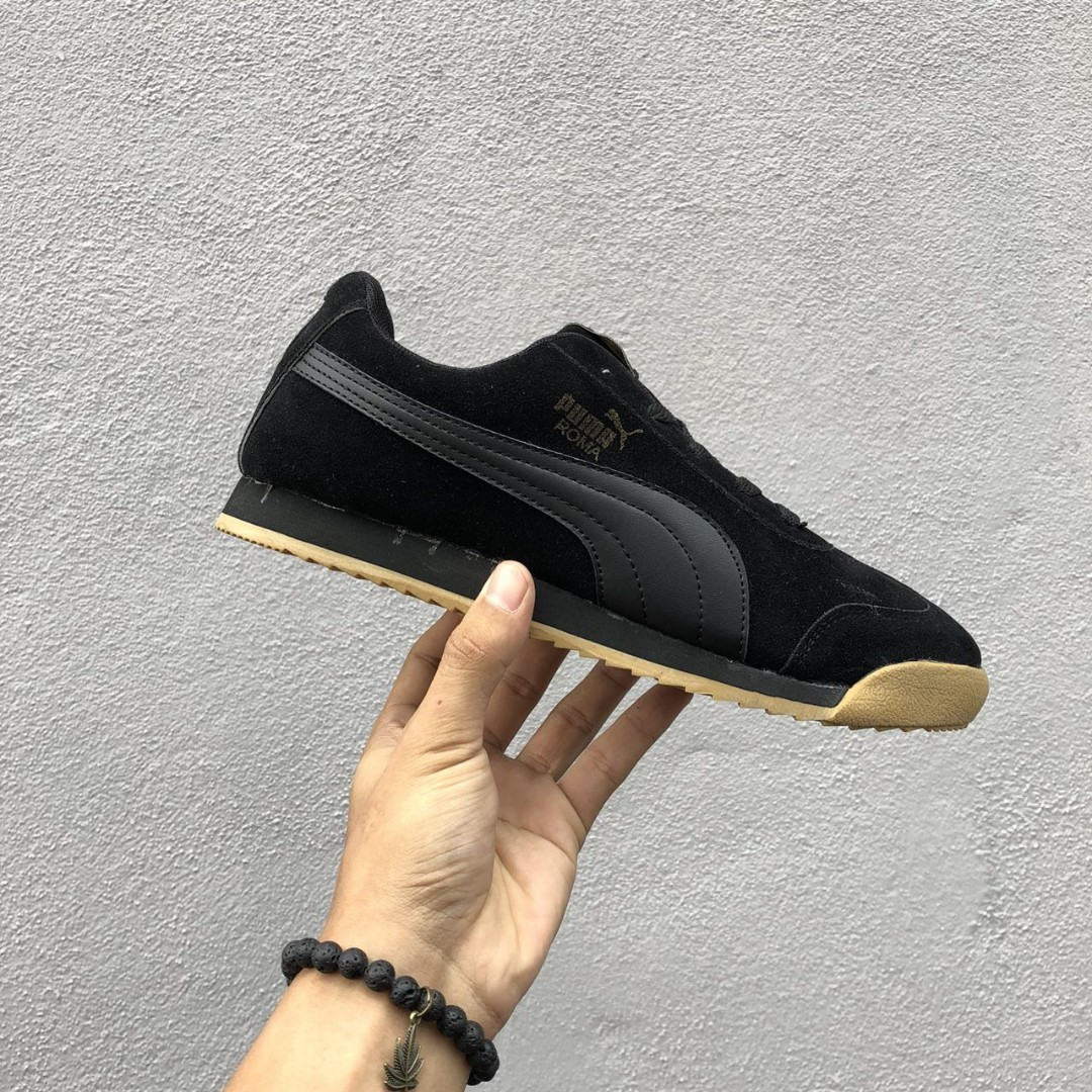 309a947ac 💥PUMA Roma Suede Black/Gold, Men's Fashion, Footwear, Sneakers on ...