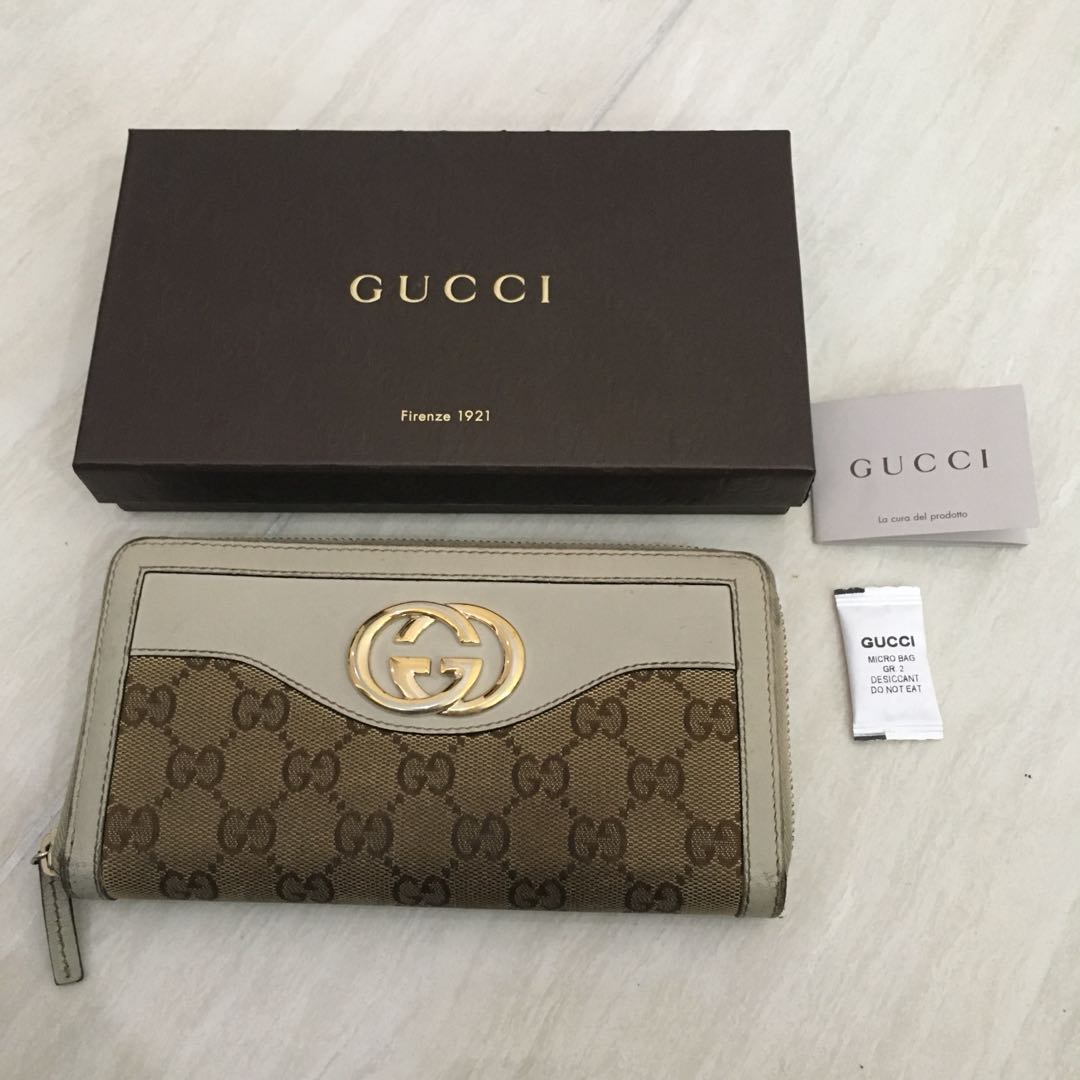 Authentic Gucci Wallet (Gold Hardware with Classic Gucci double logo  canvas) (dompet untuk wanita) Branded 6f61c6e7bd