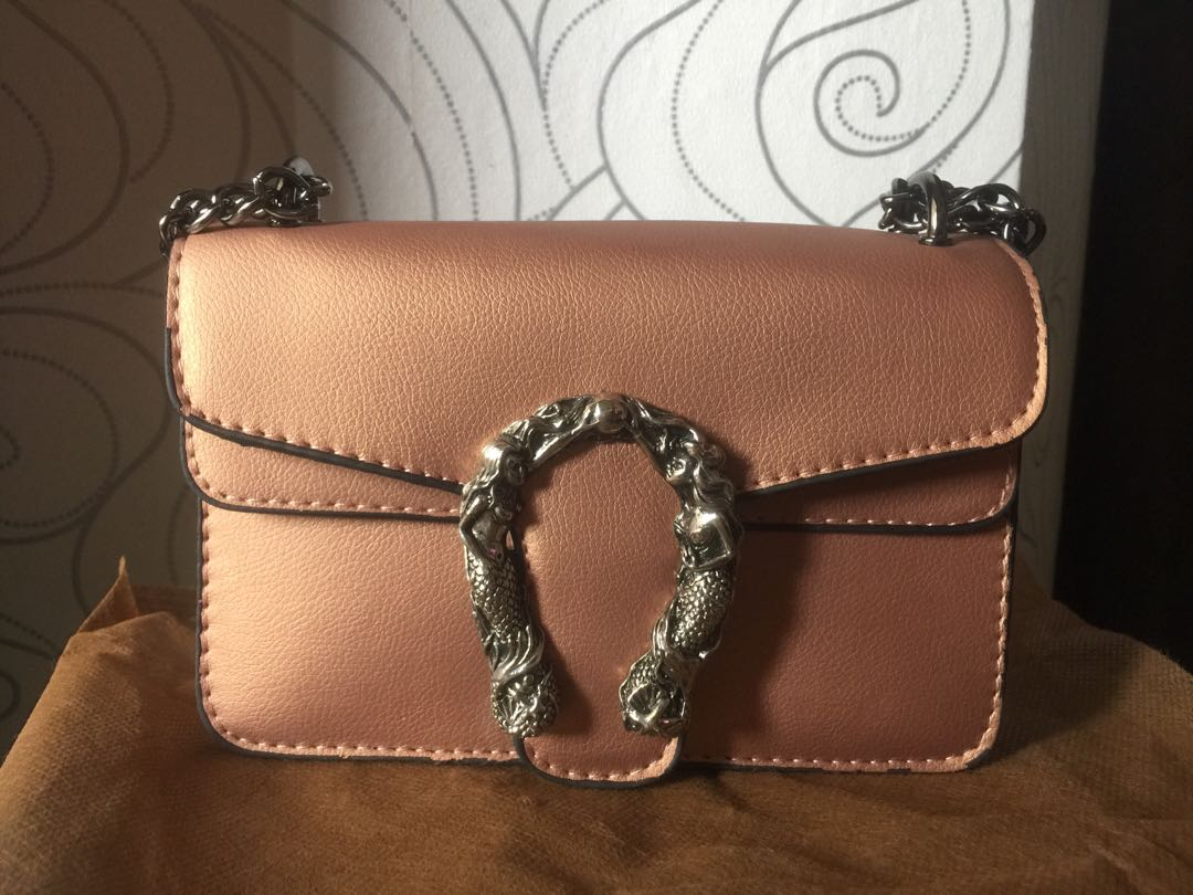 1e2c673e643a Shoulder beg handbag sling beg rose gold Gucci inspired, Women's Fashion,  Bags & Wallets on Carousell