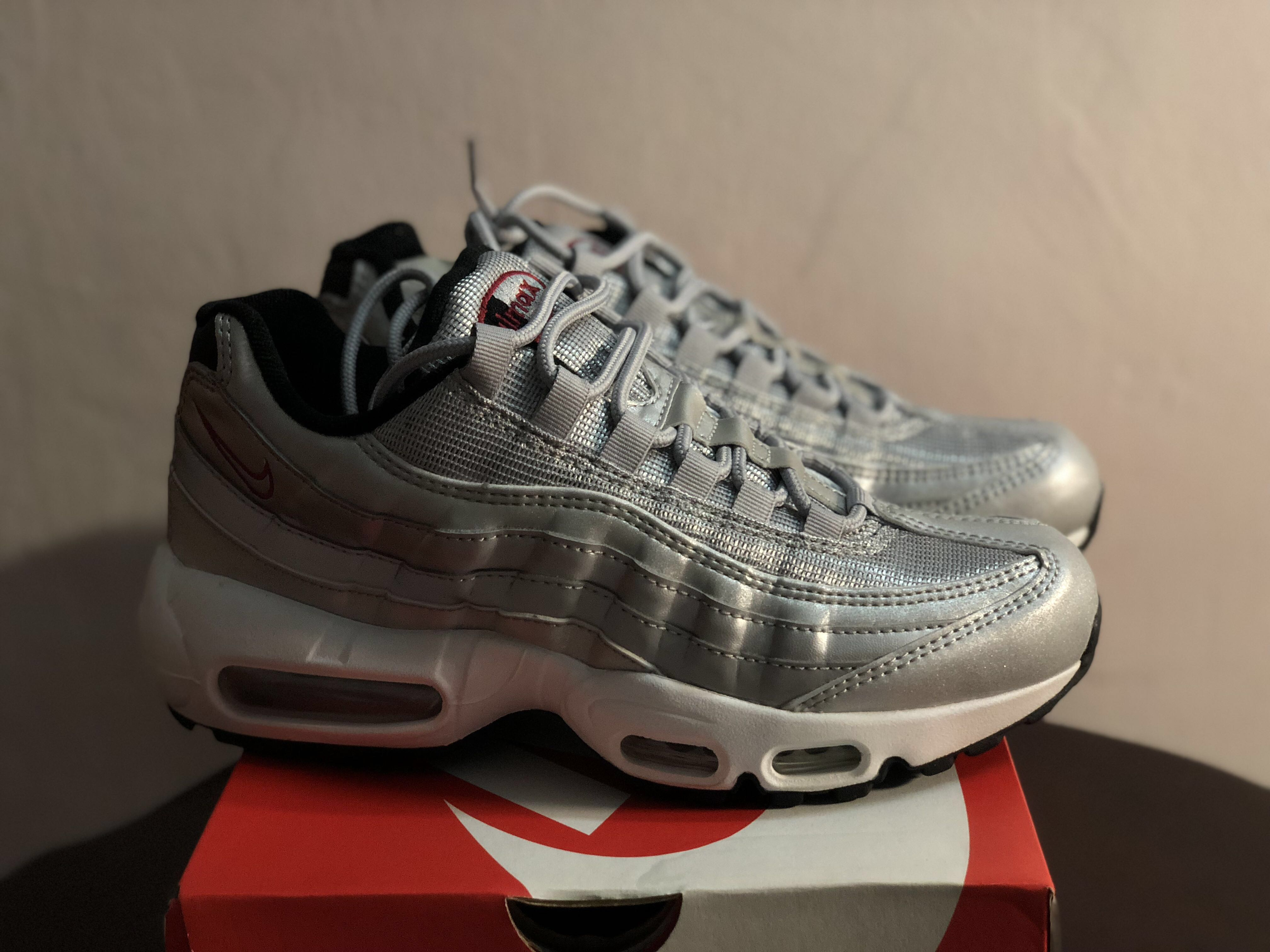 c215fd083c Womens Nike Air Max 95 Silver Bullet, Women's Fashion, Shoes, Sneakers on  Carousell