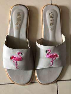 flamingo sandal (size 37)