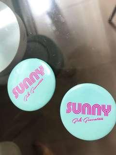 Sunny 三巡 少女時代 官方襟章兩個 連團體透明卡一套