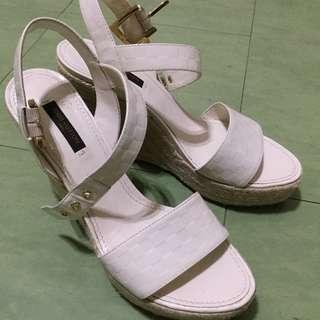 Genuine LOUIS VUITTON platform wedge sandals size 6.5