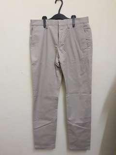 Mango Man Casual Khaki Pants (28)