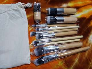 Bamboo Brushes 11pc