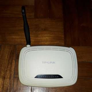 TP-Link Wireless Router (802.11b/g/n, 150mbps)