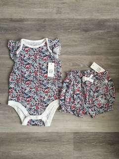 BN 6-12M Baby GAP Bodysuit and Shorts Set