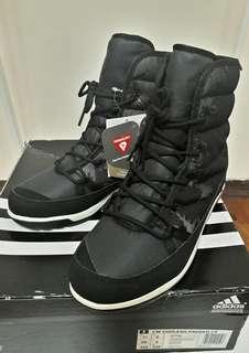🚚 全新 Adidas 高筒運動鞋(黑)24cm