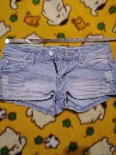 🚚 刷破潮褲,W28低腰